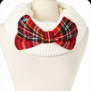 NWT Betsey Johnson ivory plaid infinity scarf